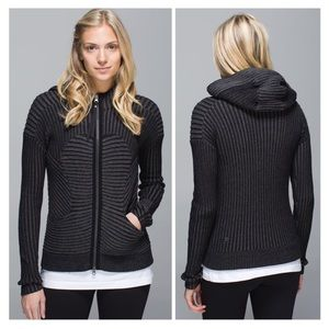 Lululemon Embrace Hoodie Knit Black/Gray sz 8